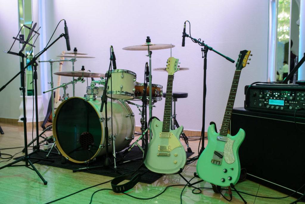 Ein Setup von einer Hochzeit (Live) Band